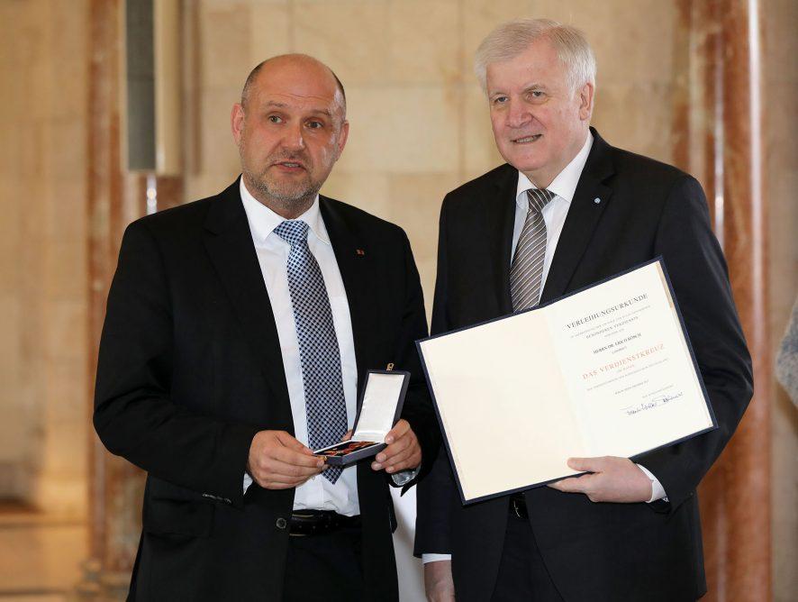 Bundesverdienstkreuz für Dr. Erich Rösch